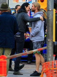 #Hugs Tom Hiddleston and Chris Hemsworth filming on the set of Thor: Ragnarok
