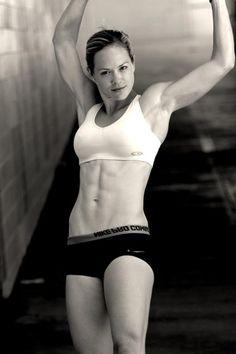 Alicia Ziegler. VEGAN Cross fit athlete, marathoner, weightlifter.