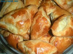 Bread And Pastries, Pastry And Bakery, Cooking Bread, Bread Baking, Cooking Recipes, Romanian Desserts, Romanian Food, Baking Classes, Good Food