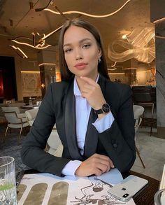 Boss Lady, Girl Boss, Look Fashion, Fashion Outfits, Women Lawyer, Aesthetic Women, Lawyer Fashion, Professional Outfits, Business Professional