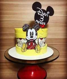 Bolo Mickey E Minnie, Baby Boy Cupcakes, Mickey Mouse Birthday Cake, Mickey Mouse Cupcakes, Cupcakes For Boys, Mickey Cakes, Disney Parties, Little Boy Cakes, Pastel Mickey