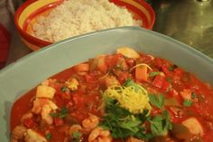 Recept: Cataplana portugal Portuguese Recipes, Fish And Seafood, Thai Red Curry, Easy Meals, Chorizo, Cape Verde, Ethnic Recipes, Winter, Tips