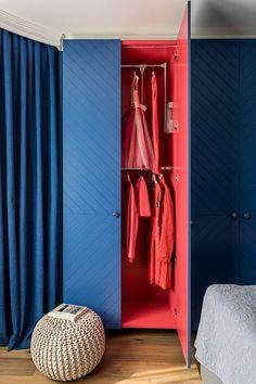 51 Elegant Wardrobe Design Ideas For Your Small Bedroom furniture Small Bedroom Furniture, Wardrobe Furniture, Wardrobe Doors, Bedroom Wardrobe, Home Decor Furniture, Furniture Design, Furniture Online, Furniture Stores, Modern Bedroom