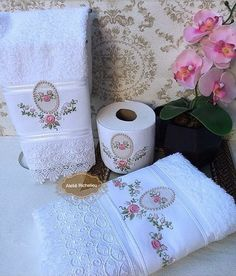 Cream Pillow Covers, Cream Pillows, Paper Machine, Towel Embroidery, Towel Set, Linen Bedding, Machine Embroidery Designs, Toilet Paper, Sewing Crafts