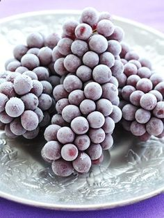 Frozen Grapes or Cherries- The 14 Best Summer Foods for Weight Loss Tis the season to skimp on clothing, not flavor. These light and refreshing summer foods will tingle your tastebuds and help you shed lbs. By Megan Cahn Read more: Summer Foods for Weight Loss - Foods to Help Lose Weight - Redbook