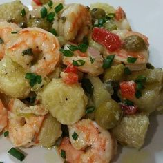 pickled guineitos + shrimp 3 cups of olive oil 1 red pepper 1 … – Fishsea Food Sea Food Salad Recipes, Seafood Recipes, Vegetarian Recipes, Cooking Recipes, Healthy Recipes, Comida Boricua, Boricua Recipes, Spanish Dishes, Spanish Food