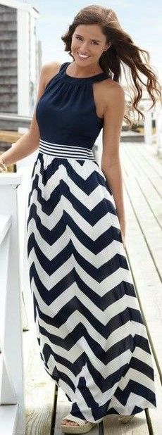 how to wear a nautical maxi dress Nautical+Maxi+dress+chevron+dress+navy+and+white+picture. Look Fashion, Skirt Fashion, Street Fashion, Womens Fashion, Fashion Clothes, Stylish Clothes, Fashion Outfits, Clothes Women, Casual Clothes
