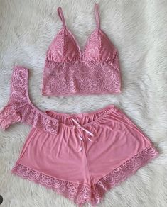 Red Lace Lingerie, Cute Lingerie, Lingerie Outfits, Sexy Outfits, Cool Outfits, Panty Photos, Cute Sleepwear, Pretty Little Girls, Bra And Panty Sets