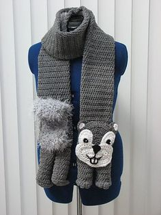 Ravelry: Squirrel Scarf and Tote Set by Donna Collinsworth