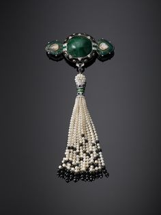 #Emerald and pearl #Cartier brooch, Paris, 2012 l The Al Thani Collection l Victoria and Albert Museum #bejewelledtreasures