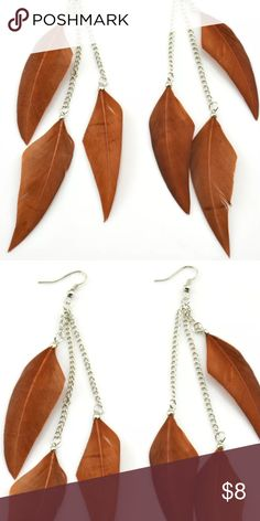 ➰ NEW LISTING ➰ Feather drop earrings. Cool and such fun! NWOT. No trades. Price firm unless bundled. Jewelry Earrings