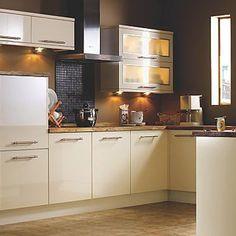 Kitchen-compare.com - BQ IT Cream Gloss Slab.