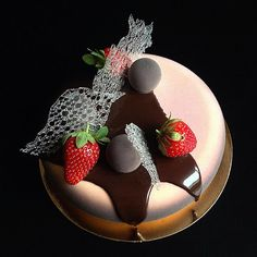Creation made with Eclipse moulds #bethefirstbeoriginal #silikomart #pastry #patisserie