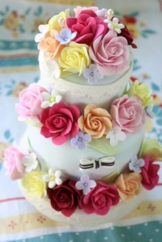 女の子が好きな世界  Clay Art *ケーキ型リングピロー Clay Art Wedding http://clayartwedding.net/  *ウェディングデコレーション そとぼうラスティックWEDDING WeddingFactory http://www.weddingpartyfactory.com/