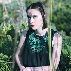Crochet col Jabot en vert émeraude par leninka sur Etsy