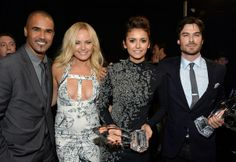 Sheamer Moore & Ian Somerhalder (my two muses in one picture - thought I'd get that) - The 40th Annual People's Choice Awards (January 8, 2014)