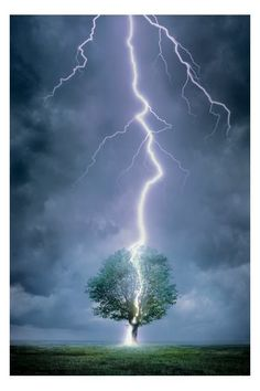 Lightning bolt image by Beckham28 on Photobucket