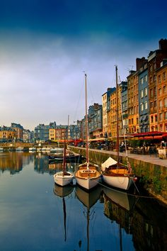 #Honfleur, Normandy beautiful seaside town untouched by WW II