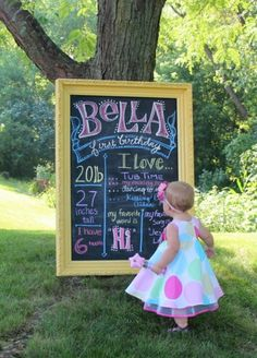 Really cute birthday party ideas: Write current info and likes on a blackboard each birthday and take pictures with your child; Baby 1st Birthday, First Birthday Parties, First Birthdays, Birthday Ideas, Birthday Board, Mickey Birthday, Princess Birthday, Princess Party, Birthday Pictures