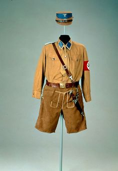 Early NSDAP (nazi party) uniform. Ww2 Uniforms, German Uniforms, Military Uniforms, Germany Ww2, The Third Reich, Second World, Military History, Military Fashion, World War Two