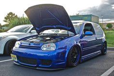 BLUE R32 VDUB