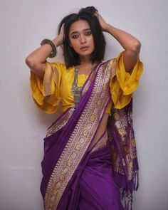 Sayani Gupta cutest bollywood Indian tv and web series Actress insane beauty face unseen latest hot sexy images of her body show and navel . Bollywood Fashion, Bollywood Actress, Saree Look, Saree Styles, Indian Outfits, Indian Fashion, Blouse Designs, Sari, Actresses