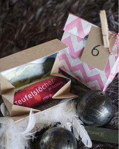 """""""teuflisch himmlisch"""" Das Geschenk für Sie zum Nikolaus  und Krampus Christmas Is Coming, Gift Wrapping, Gifts, Christmas Presents, Nice Asses, Gift Wrapping Paper, Presents, Wrapping Gifts, Favors"""