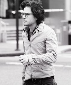 Kit Harington. cotdamn Kit!!:0