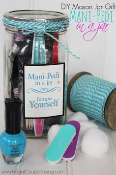 Mason Jar Crafts - DIY Mason Jar Tutorial and FREE Printable Gift Tag, Great DIY Christmas Gift Idea or a fun idea for a Spa Party. Details on Frugal Coupon Living.