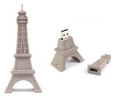 Francophile geek(ette)s: Eiffel Tower USB Drive!