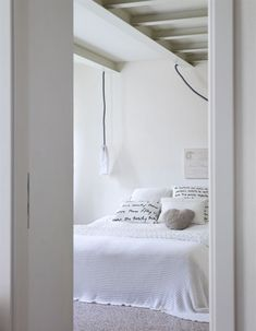 Shop Sandy Beach Transitional White Master Bedroom Set with great price, The Classy Home Furniture has the best selection of Master Bedrooms to choose from Home Bedroom, Master Bedroom, Bedroom Decor, Bedroom Ideas, All White Bedroom, Bedroom Simple, Suites, Minimalist Bedroom, Beautiful Bedrooms