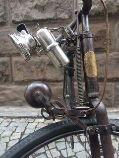 Favorit na Bike-forum. Bicicletas Raleigh, Run And Ride, Antique Bicycles, Tweed Run, Velo Vintage, Old Bicycle, Old Lamps, Kustom Kulture, Spartacus