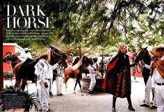 Editorial: Dark Horse by Mario Testino. Vogue US, Setiembre 2014.