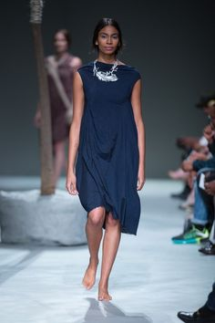 isabelle Summer Bisi dress in Navy silk South African Fashion, My Muse, Summer 2015, Barefoot, Short Sleeve Dresses, Glamour, Silk, Navy, Casual