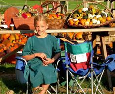 AMISH DISCOVERIES: Amish and Pumpkins 2