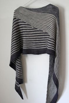 Colour Affection shawl- I did one of these in 2 greens and light gray. I really like it in this monochrome scheme!