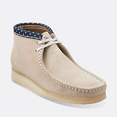 mens clarks wallabees