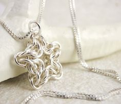 """""""Twinkle Twinkle Little Star Chainmaille Tutorial"""" -- I think this is simply gorgeous; series of step-by-step photos at the click-through."""