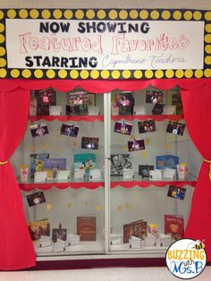Our hallway display: Now Showing: Featured Favorites! It's a movie display full of our teachers' favorite books and their recommendations! Buzzing with Ms. B: Movie Themed Bulletin Boards and Displays! Spotlight Bulletin Board, Library Bulletin Boards, Bulletin Board Display, Hallway Displays, Library Book Displays, School Displays, Library Ideas, Reading Display, School Hallways