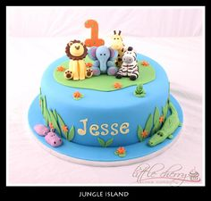 Hi guys, im going round and round in circles over wedding favours with a theme of zoo animals! Jungle Birthday Cakes, Animal Birthday Cakes, Jungle Cake, 2nd Birthday, Birthday Ideas, Zoo Animal Cakes, Zoo Cake, Safari Cakes, Cupcake Cakes
