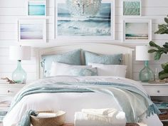 Beach Style Bedroom Ideas - Coastal bedroom ideas, ideas, and also designs to create a seaside, . ideas regarding Bedroom themes, Coastal bedrooms and Beach Residence Decoration. Canopy Bedroom, Beach House Interior, Wall Decor Bedroom, Bedroom Wall, Bedroom Decor, Coastal Bedrooms, Home Decor, Coastal Bedroom, Remodel Bedroom