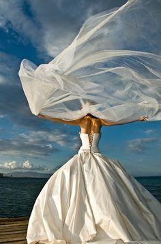 Beach Bride - use that wind!