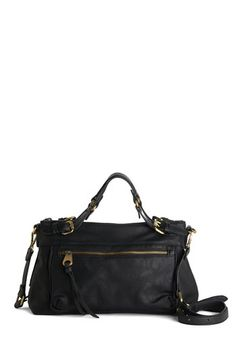 Early on the El Bag. You start your day shortly after sunrise packing your essentials into this black bag and run to catch the train for todays unexpected adventure! #gold #prom #modcloth