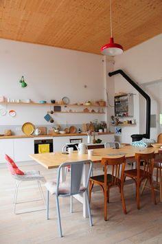 French stylist Lécuyer Aurélie's modern mansion – JAS TANG Kitchen Interior, New Kitchen, Kitchen Decor, Kitchen Dinning, Style At Home, Interior Architecture, Interior Design, Interior Paint, Modern Mansion