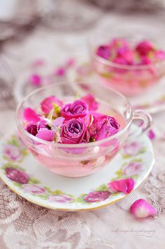 Best Ideas For Garden Party Spring High Tea Coffee Time, Tea Time, Coffee Monday, Rosen Tee, Glace Fruit, Drying Roses, Pause Café, My Tea, High Tea