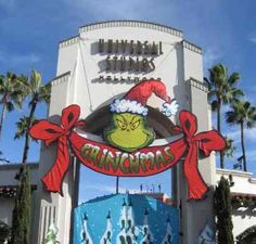 imagines of universal studios at christmas