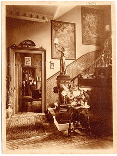 'Sunville' was the home of the Clanchy family in the fashionable city suburb of St. The photographs reveal a typical Victorian house interior, rich in furniture, pictures, ornaments and family photographs. Victorian Rooms, Victorian House Interiors, Victorian Life, Victorian Design, Victorian Furniture, Victorian Decor, Vintage Interiors, Victorian Houses, Victorian Stairs