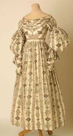 dress  1835-1839