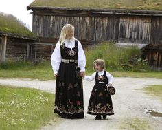 Grafferbunad, Norway (the folk costume of my family)