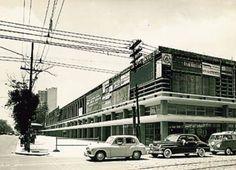 Década de 1950 - Conjunto Nacional em construção.
